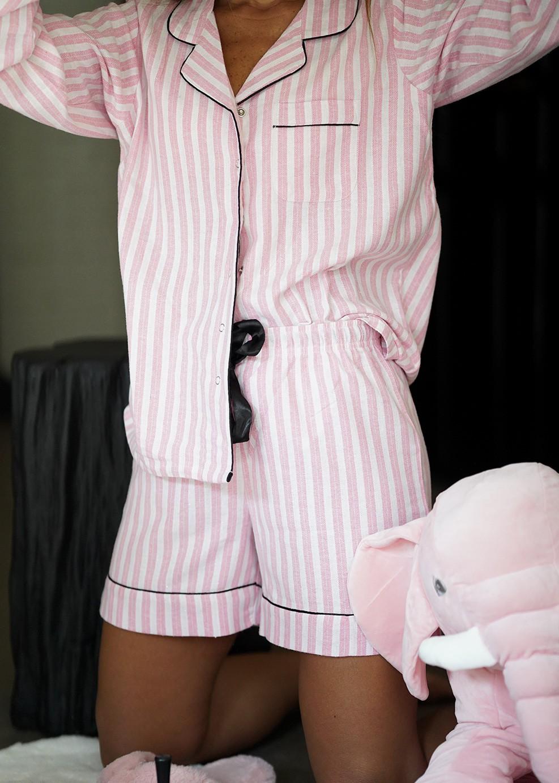 חליפת פנאי מכנס קצר STRIPES