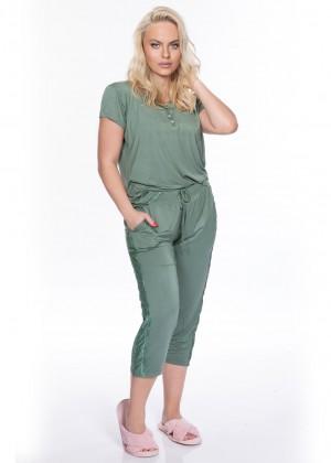 חליפת פנאי במבוק לטיסיה (Pajamas)